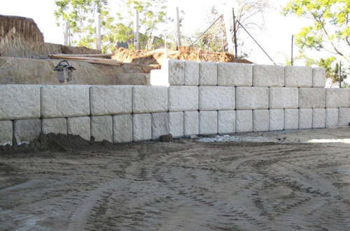 Large Concrete Block Retaining Walls - Ibrs Inc.